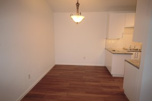 3 Bedrooms, 2 Bathrooms at Paseo Del Prado and - Boulder apartments for rent - backpage.com