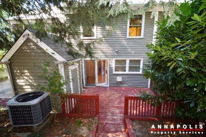 15-janwall-court-id746-15-janwall-court-id746-back-of-house-an