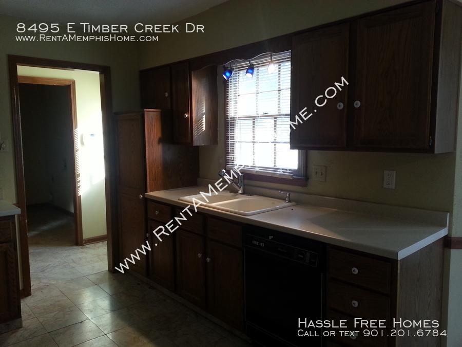 8495 e timber creek   kitchen