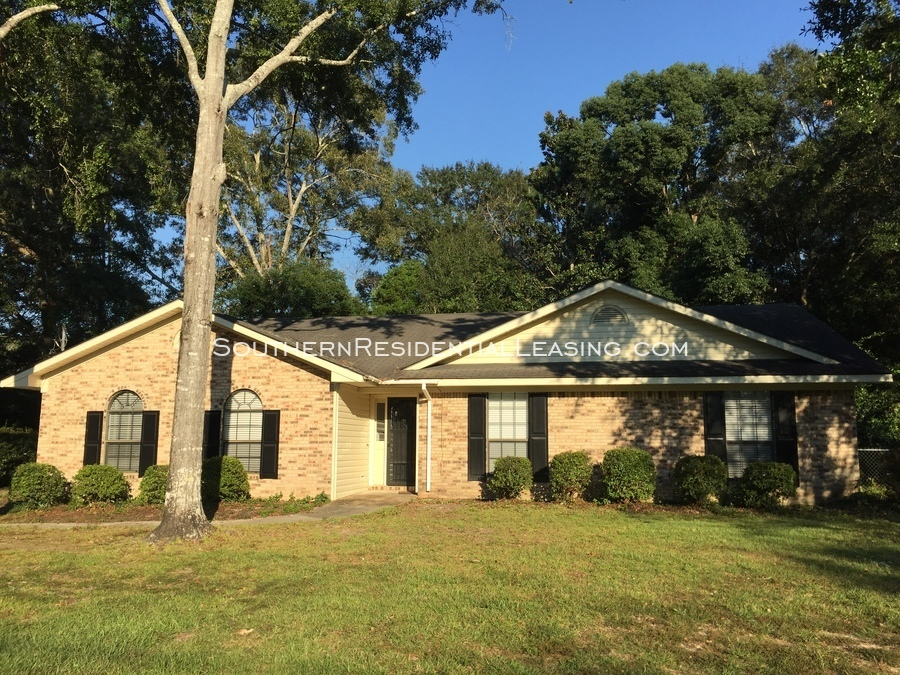 Pet Friendly for Rent in Fairhope