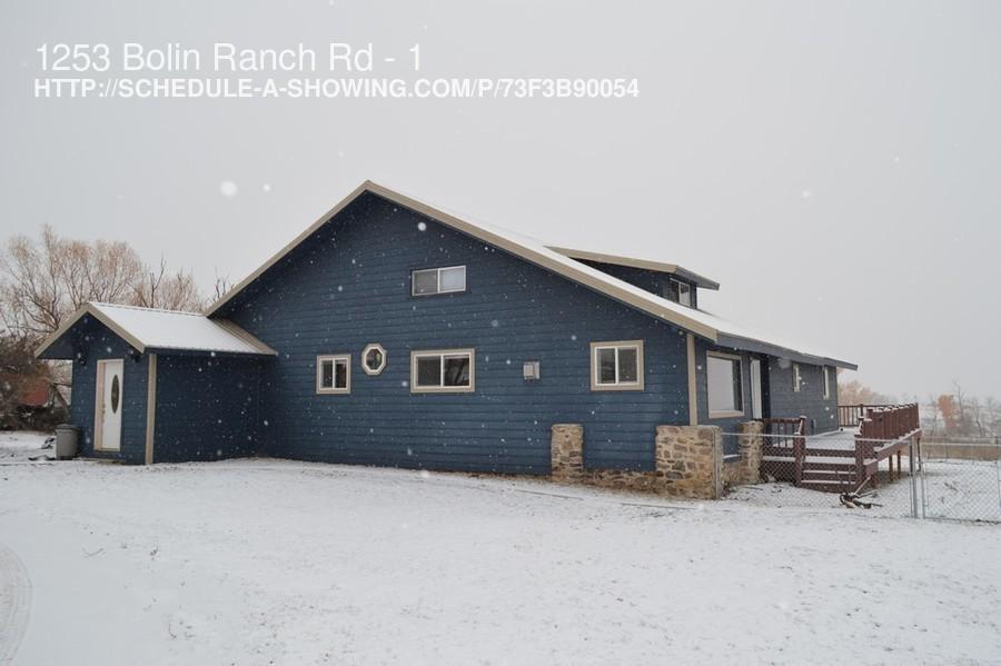single-family home for Rent in Stevensville