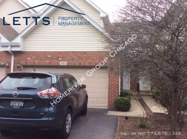 Townhouse for Rent in Bolingbrook