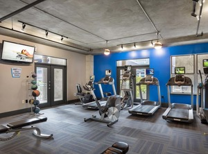 Downtown-amenity-exterior-fitness-center