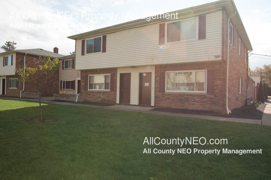 Apartment for Rent in Akron