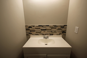 12-_bathroom_sink