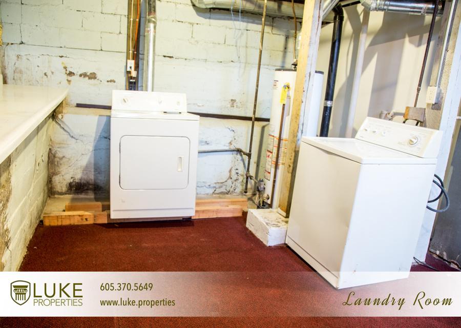 11luke properties 1005 s center ave sioux falls sd 57105 laundry room