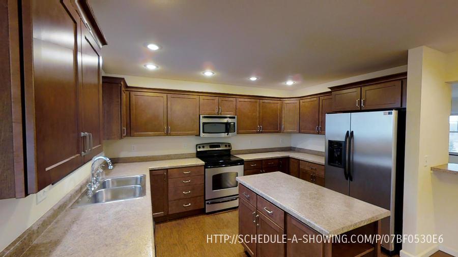 Condo for Rent in Marquette