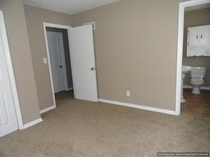 3 Bedrooms, 2 Bathrooms at 114th and E 114 Ter - Kansas City apartments for rent - backpage.com