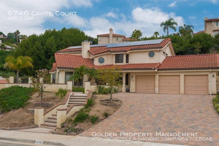 Del Cerro Home- w/ all the bells and whistles! Solar, tankless water heater, VIEWS, 4 BR & 3 Full BA, Pets OK