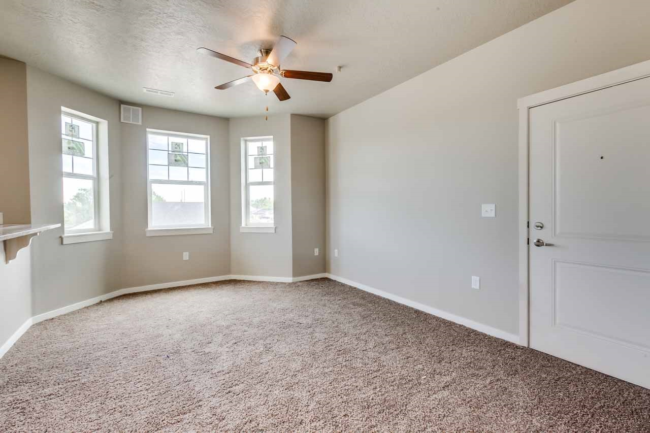 MOVE IN READY! HALF OFF FIRST MONTH'S RENT! REDUCED DEPOSIT $295!!! Brand New  2 Bed/ 2 Bath in Nampa