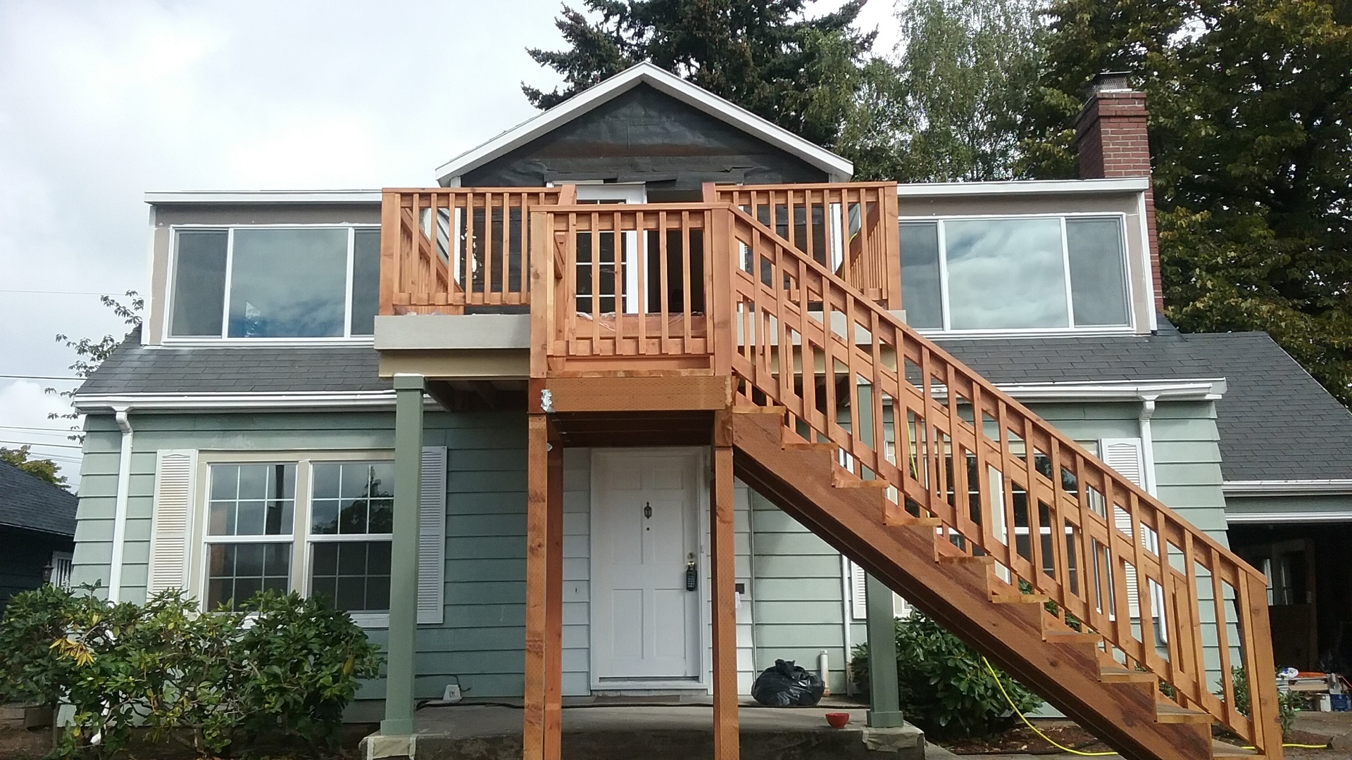 4617 N Willamette Blvd $100 OFF FIRST 4 MONTH'S RENT WITH A 16 MONTH LEASE SIGNING!!!
