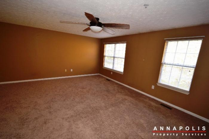 60h-amberstone-court-id868-master-bed-d