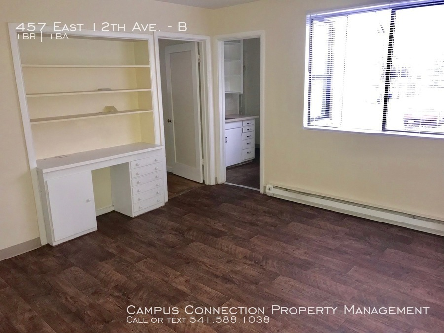 Cute and updated 1 bed/1 bath West Campus unit - available now!