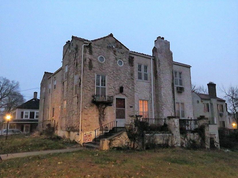5203 Belmont Ave. S Great 3 bedroom duplex in Tangletown