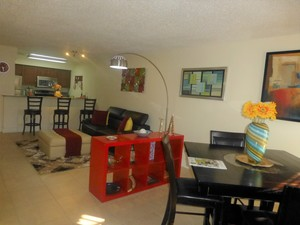 Fantastic South Tampa 2 bed/2.5 bath townhouse in Westshore Club - Tampa apartments for rent - backpage.com