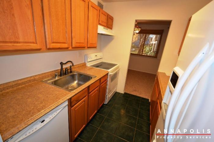 1067-cedar-ridge--id337-kitchen-bn