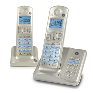 Dual handset cordless phone with digital
