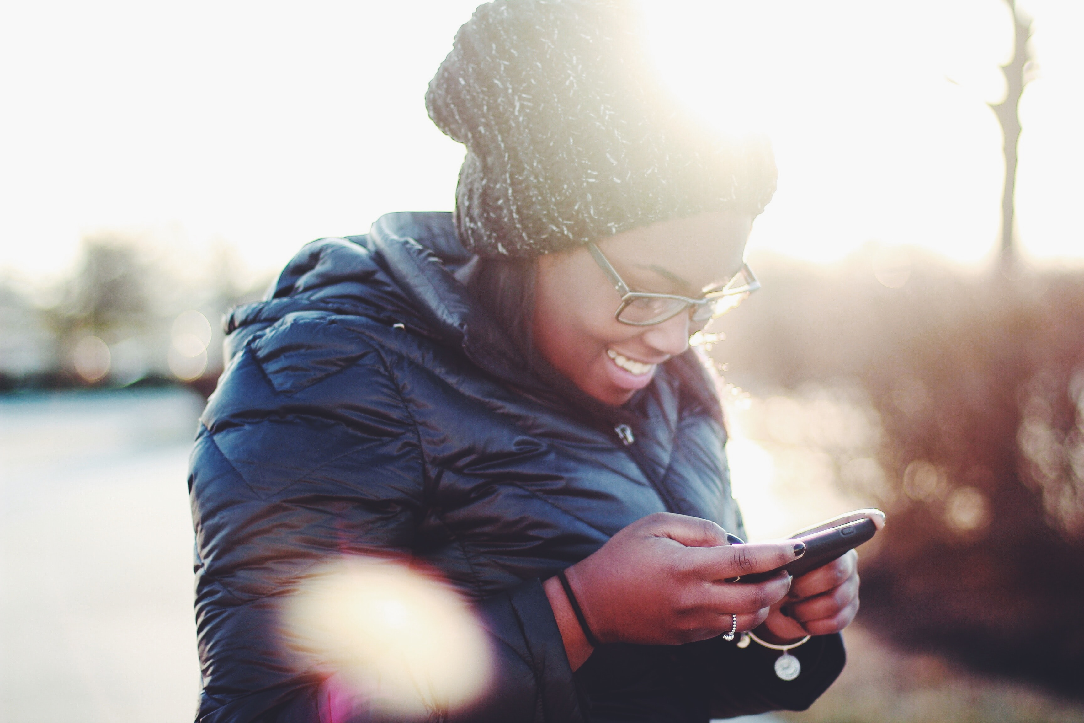 Featured Image for 5 Ways Texting Creates Connection During Crisis