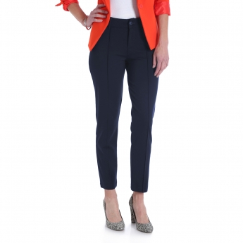 W36TS41 - Pin Tuck Ankle Knit Pant