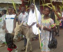 A Palm Sunday procession in Port-Bouet, Cote d-Ivoire. Photo by Isaac Broune, United Methodist News Service.