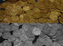 A hoard of ancient Roman gold and silver coins. Photo by Swiss Banker, public domain.
