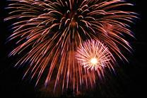 Fireworks in San Jose California. Photo by Ian Kluft, courtesy of Wikimedia Commons. Photo 9618, taken 2007.