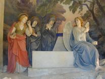 Sacro Monte di Crea; The finding of the empty tomb of Christ, statues by Antonio Brilla, 1889. Photo by Stefano Bistolfi, courtesy of Wikimedia Commons.