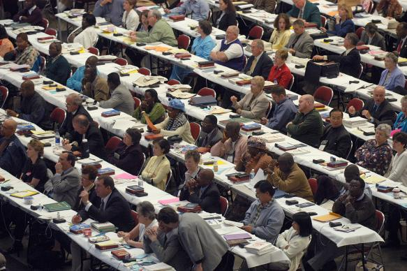 Delegates consider legislation during the United Methodist  2004 General Conference in Pittsburgh, PA. Photo by John C. Goodwin, United Methodist News Service.