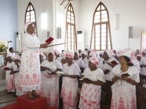 The women's choir sings during worship at Central United Methodist Church in Luanda, Angola. A UMNS photo by Mike DuBose.