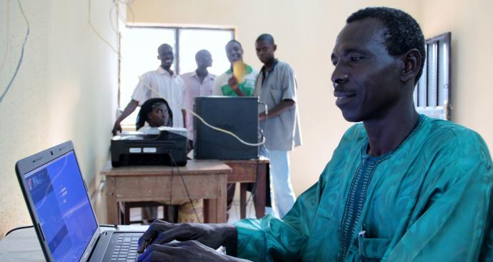 Banyam Theological Seminary in rural Nigeria has regular electricity in some of its buildings, thanks to a solar project supported by a grant from the Central Conference Theological Education Fund. Photo by Chris Congdon for the Iowa-Nigeria Partnership of the Iowa Conference.