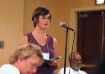 Anna Blaedel addresses members of the Board of Church and Society during a meeting in which they considered divestment in preparation for sending petitions to General Conference 2008.