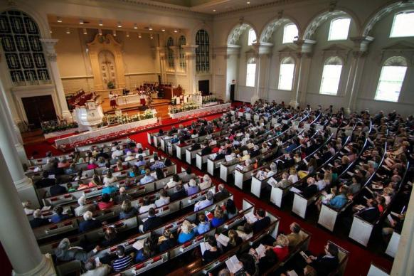 Worshippers at Easter fill revitalized Grace Memorial United Methodist Church in Atlanta, where attendance has been on a steady rise.