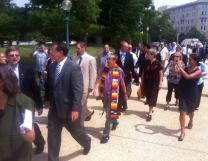 Jim Winkler (at left) walks to the U.S. Capitol prior to his arrest for refusing to stop publicly praying in the rotunda. Photo courtesy of Common Cause.