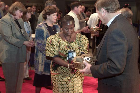 The service of repentance for racism at the 2000 General Conference. UMNS file photo by Mike DuBose