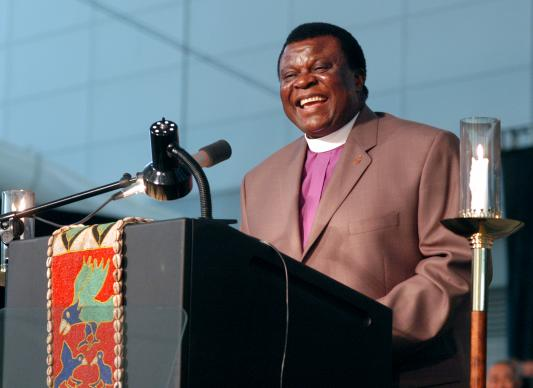 Bishop Nkulu Ntanda Ntambo, North Katango Area in Congo, preaches for morning worship on April 29 during the 2004 General Conference of the United Methodist Church in Pittsburgh. A UMNS photo by John C. Goodwin.