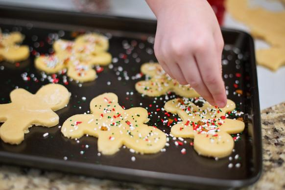 Set up a cookie exchange among your congregation and invite the community to participate. Photo by Jill Wellington, Pixabay.com.