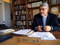 The Rev. Alfred T. Day, top executive of the United Methodist Commission on Archives and History, talks about how the agency helps church members. Day said history can be a source of comfort in changing times. Photo by Fran Walsh, United Methodist Communications
