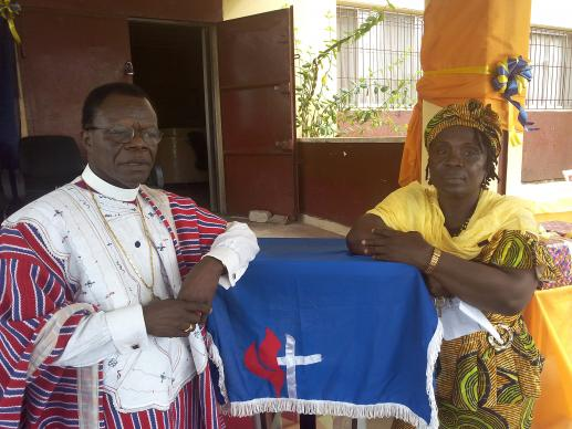 Bishop John Innis and the Rev. Dorothy MaCauley, head of the LUMEF office.