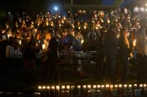 An Oct. 1 candlelight vigil in Roseburg, Oregon, memorializes those killed and injured during shootings earlier that day at Umpqua Community College. Photo by Cameron Schultz
