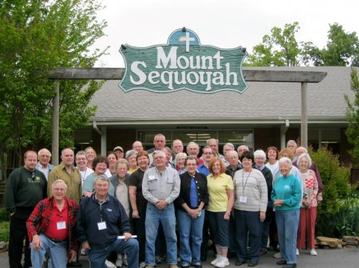 Volunteers, such as those shown here, have been important at Mount Sequoyah Retreat and Conference Center. The Fayetteville, Ark., retreat center is leaving United Methodist ownership, but will retain its Wesleyan heritage, church and center leaders say. Photo courtesy Mount Sequoyah Retreat and Conference Center