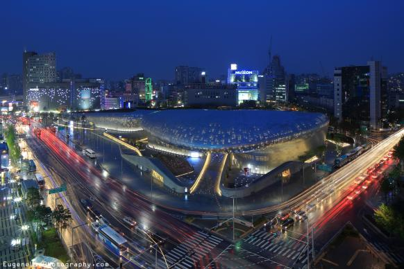 The lights of passing cars trace the Dongdaemun Design Plaza at night in Seoul, Korea. The United Methodist Board of Global Ministries and The Upper Room plan to open a regional office for Asia in Seoul by April 2017. Photo by Eugene Lim, Wikimedia Commons