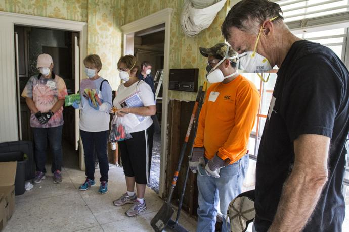 Volunteers from Chapelwood United Methodist Church in Houston