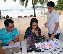 United Methodist Communications special projects manager April Mercado (right) leads a ham radio class during a crisis simulation in Cebu, Philippines. The Disasters and Emergency Preparedness Program was held to strengthen communication during times of crisis. Photo by Mildred Arce, UMNS.