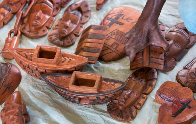 Many patients at the Ganta Leprosy and TB Rehab Center help support themselves by selling wood carvings. Photo by Mike DuBose, UMNS.