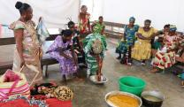 United Methodist women learn about culinary arts during training in Lodja, Congo. The workshops included instruction on processing solid foods into powder, flour and liquid. Photo by François Omanyondo Djonga, UMNS.
