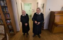 Sisters Gerda Liermann (left) and Elfriede Harders are among a group of United Methodist deaconesses living in a retirement center in Hamburg, Germany. Each of the sisters has her own room. Photo by Mike DuBose, UMNS.