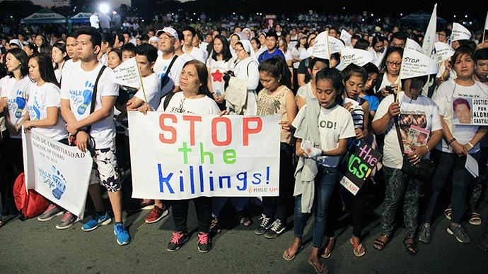 United Methodists joined human rights advocates and families of victims of drug-related killings at an ecumenical Walk for Life and prayer rally Feb. 24 in Manila. Photo courtesy of Jsr Grafix.