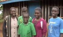 With the help of ZOE, Purity Muthoni is able to support her family. The orphans are self-supporting.