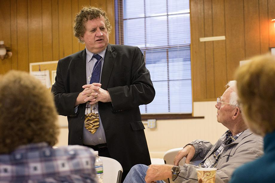 The Rev. Jamie Sprague helps conduct a business meeting at Kanawha Chapel United Methodist Church in Davisville, W.Va. Photo by Mike DuBose, UMNS.