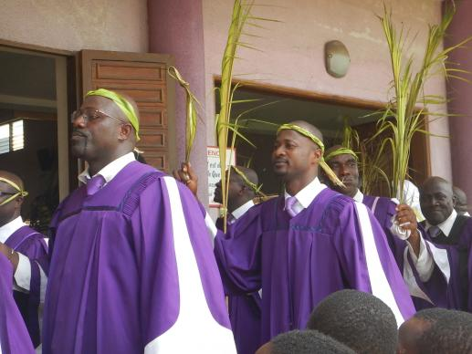 Choristers take part in the Palm Sunday procession by the faithful at Emmanuel United Methodist Church in Port-Bouët, Côte d'Ivoire. File photo by Isaac Broune, United Methodist Communications.